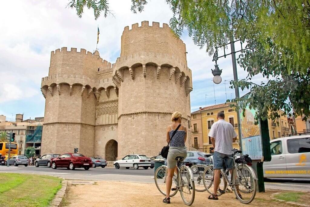 Torres Serrano-Valence
